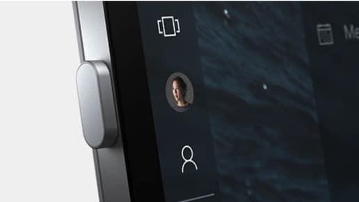 Start Microsoft Surface Hub 2S Whiteboard mit dem Fingerabdruck