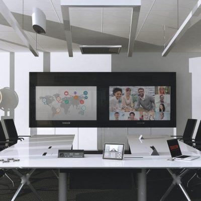 Perfekte Umgebung für Konferenzräume (Raumakustik, Beleuchtung, Möbel etc.) und Medientechnik wie zwei Displays, Mediensteuerung